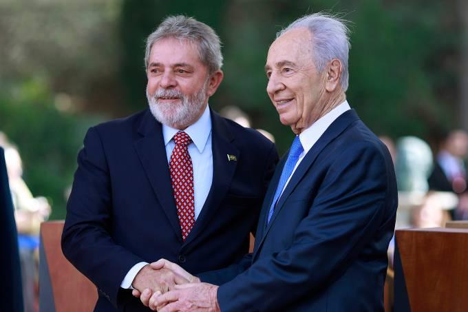 Luiz Inacio Lula da Silva e Shimon Peres
