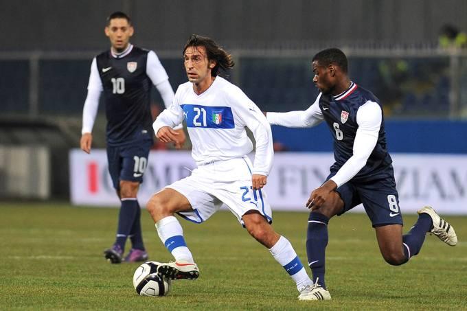 Andrea Pirlo, da Itália, durante amistoso contra os Estados Unidos – 29/02/2012