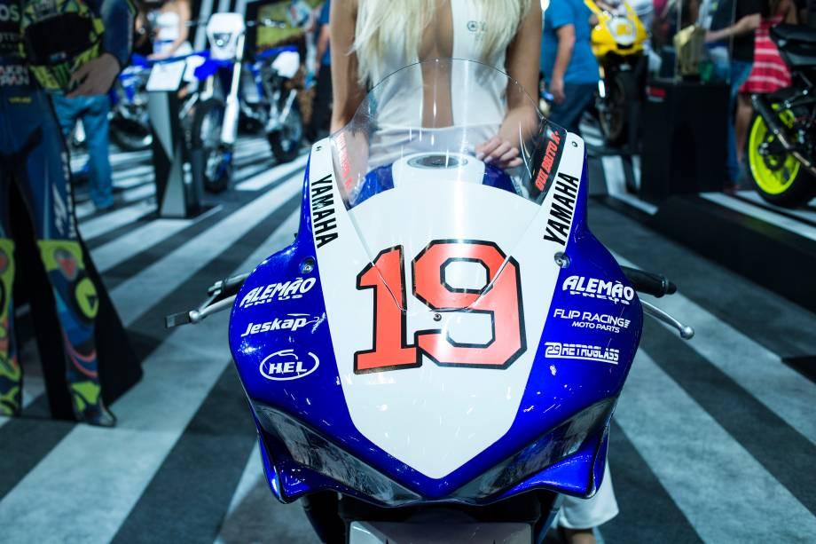 Yamaha YZF-R1, de competição