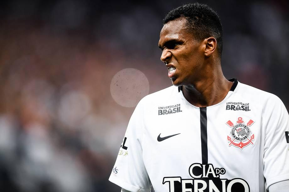 Jô comemora gol na partida entre Corinthians e Palmeiras, na Arena Corinthians na zona leste de São Paulo, válida pela 32ª rodada do Campeonato Brasileiro 2017 - 05/11/2017