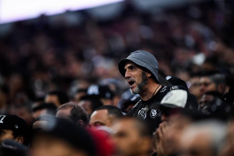 Corinthians e Palmeiras se enfrentam pela 32ª rodada do Campeonato Brasileiro no Itaquerão