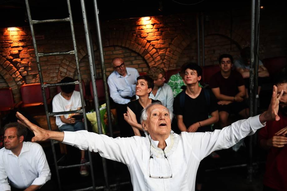 O dramaturgo Zé Celso, diretor do Teatro Oficina em entrevista ao site de VEJA