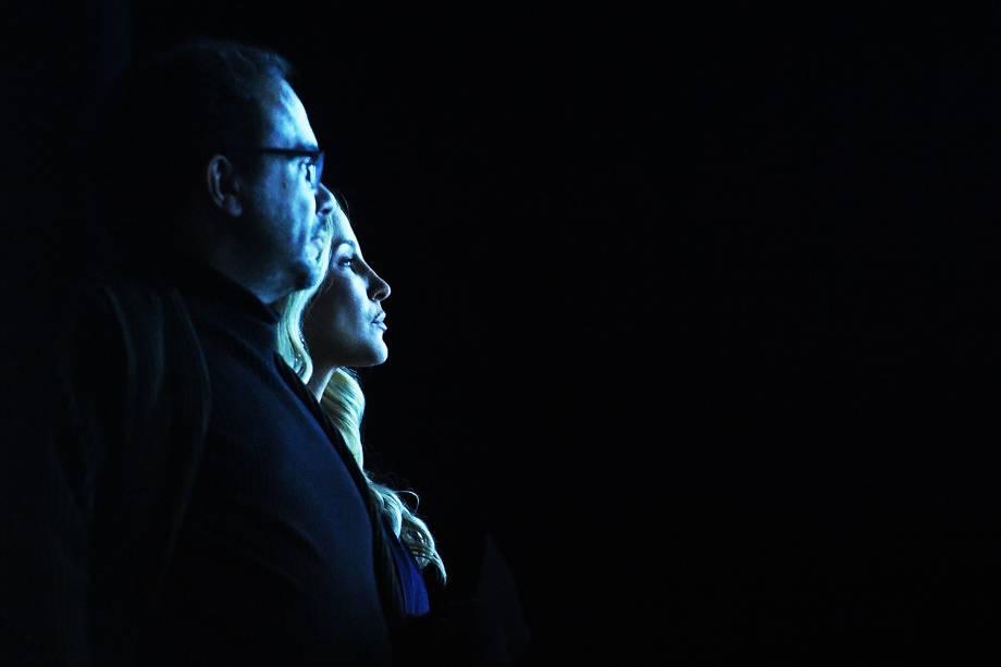 O curador Marcello Dantas e a cantora Claudia Leitte foram os responsáveis por entregar o troféu do Prêmio Veja-se na categoria 'Cultura'