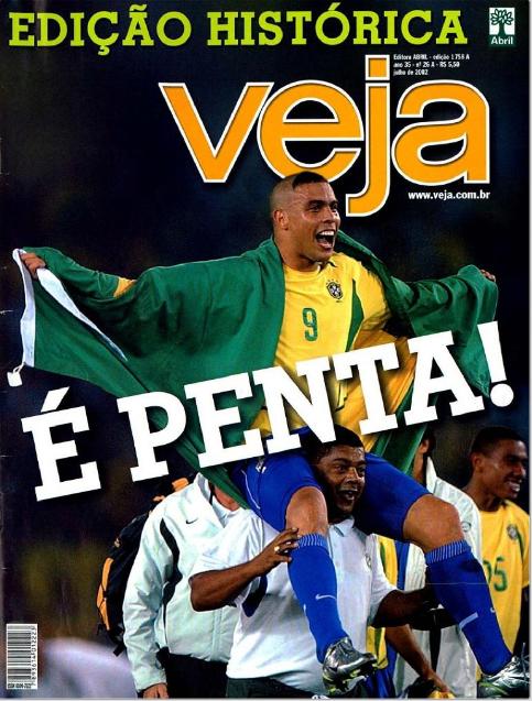 Ronaldo fez oito gols em 2002, incluindo dois na final da Copa, contra a Alemanha, garantindo mais um título ao Brasil, pentacampeão