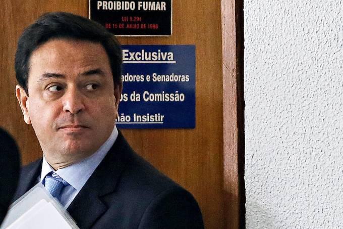 """Ajuda – Francisco de Assis, diretor jurídico da JBS: """"Resolvido"""""""