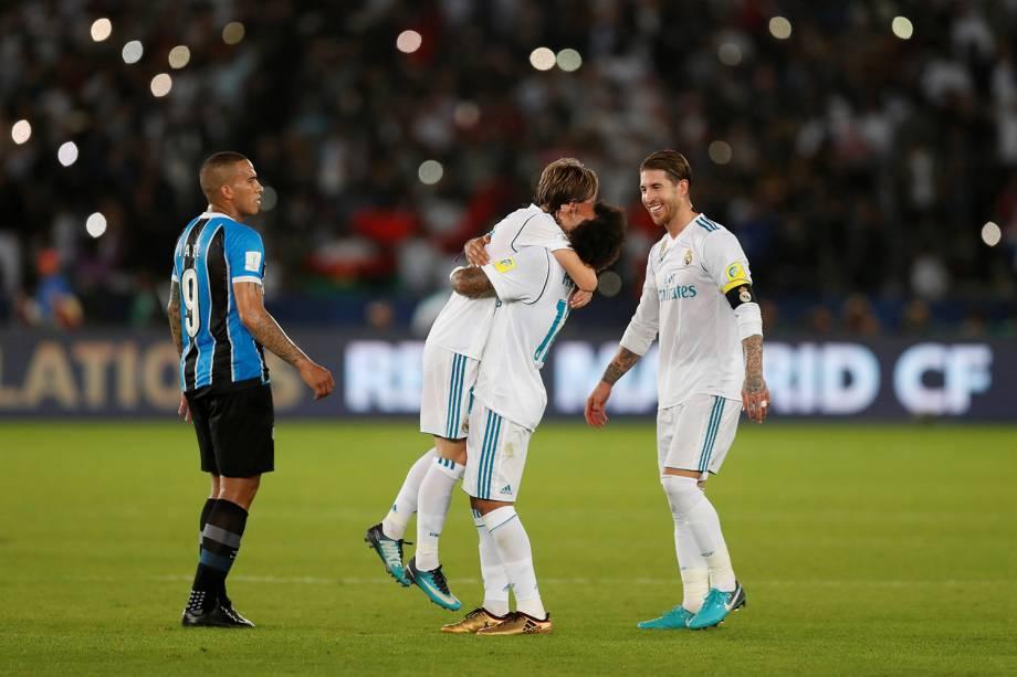 Jogadores do Real Madrid comemoram após conquistarem o título do Mundial de Clubes da FIFA - 16/12/2017