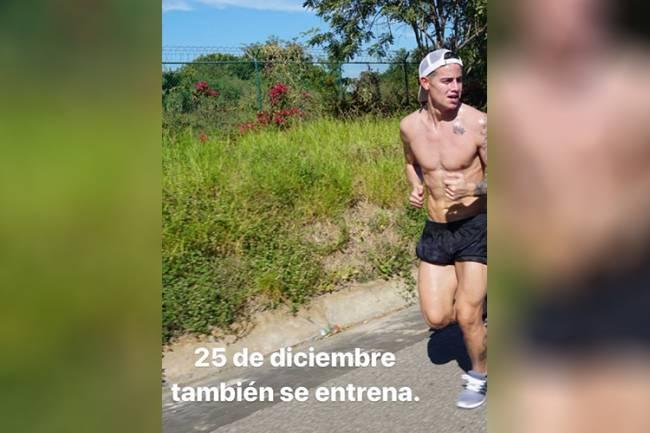 James Rodríguez faz caminhada no Natal