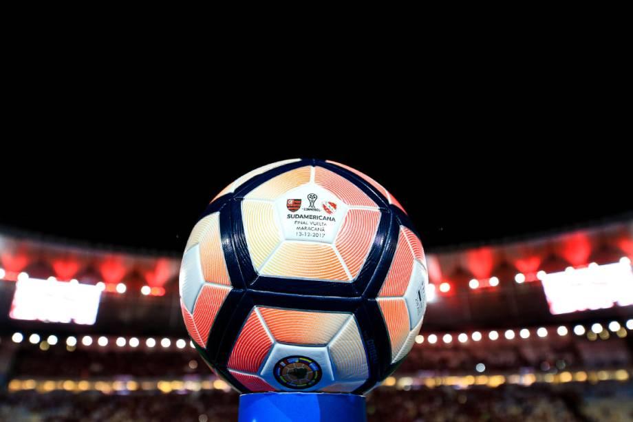 Bola da partida final da Copa Sul-Americana, no Maracanã