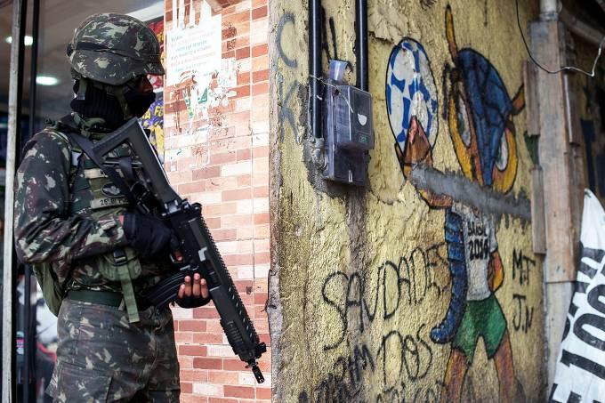 BRAZIL-VIOLENCE-FAVELA-SECURITY