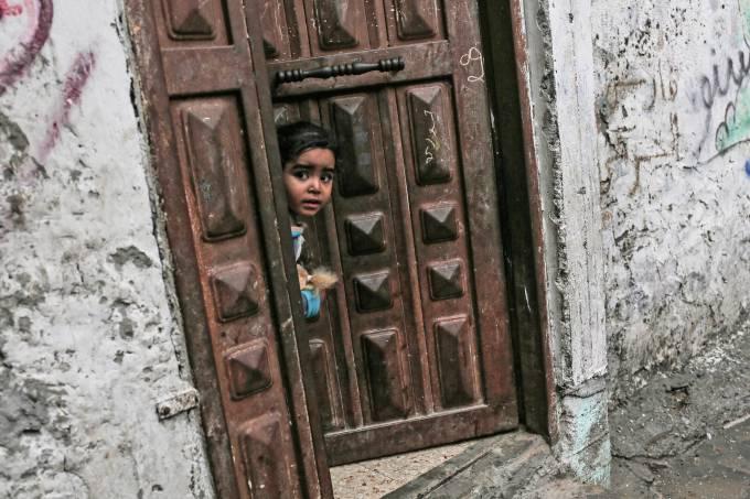 Criança palestina refugiada