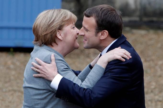 Imagens do dia – Angela Merkel e Emmanuel Macron