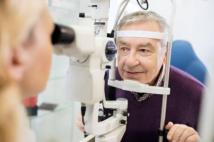 Exames oftalmológicos para idosos