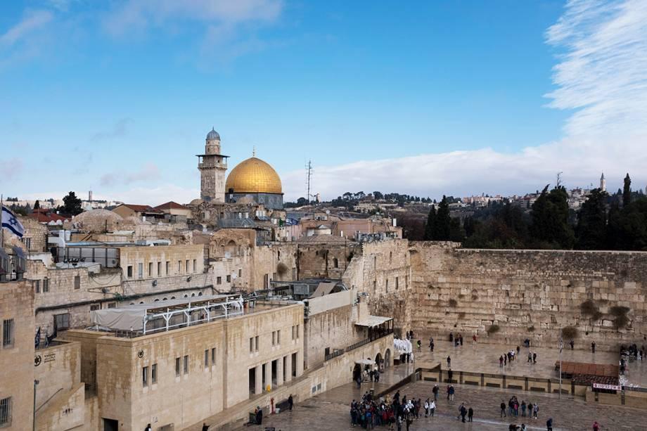 Vista do muro das Lamentações e o Domo da Rocha, em Jerusalém - 06/12/2017
