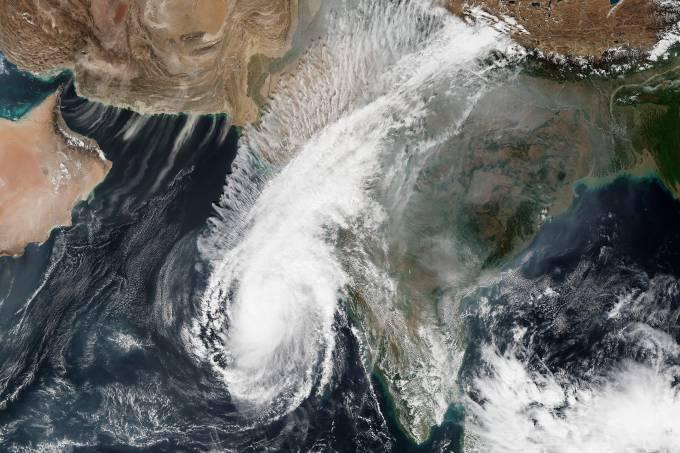 Ciclone Ockhi na Índia