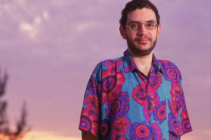 """Renato Russo, vocalista do """"Legião Urbana""""."""