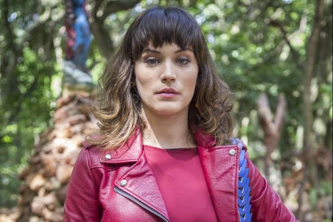 Bianca Bin como Clara em 'O Outro Lado do Paraíso'