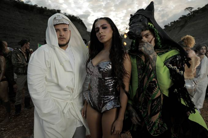 Cena do clipe Machika de Anitta e J Balvin