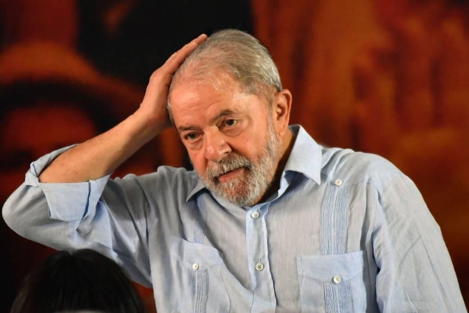 O ex-presidente durante reunião com membros do Partido dos Trabalhadores (PT), em São Paulo.