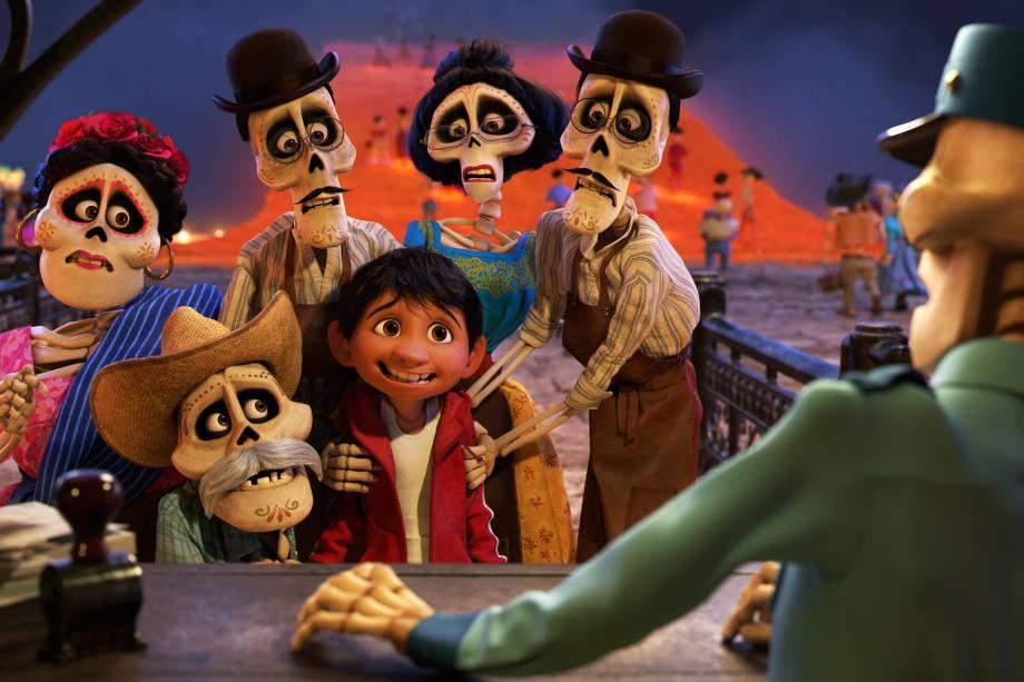 Miguel é magicamente transportado para a 'Terra dos Mortos', onde conhece seus antepassados