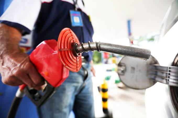 Combustível – Gasolina – Posto – Economia