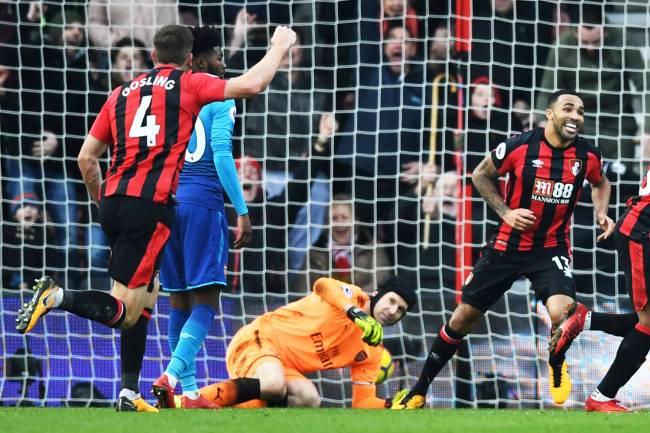 O jogador do Bournemouth, Jordon Ibe, comemora após marcar gol em partida contra o Arsenal, válida pelo Campeonato Inglês - 14/01/2018