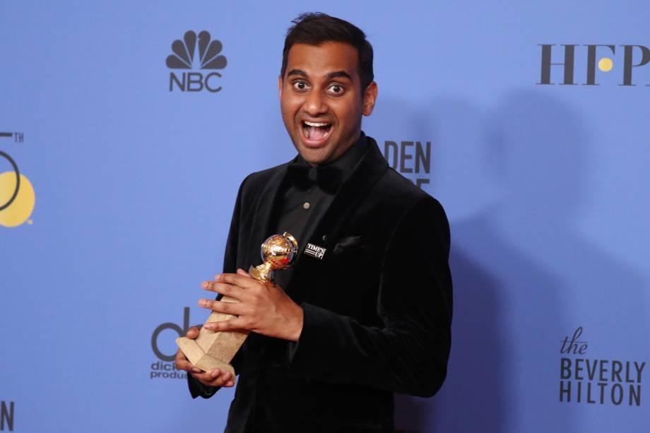 Aziz Ansari vence prêmio de Melhor Ator em Série Cômica ou Musical por 'Master of None'