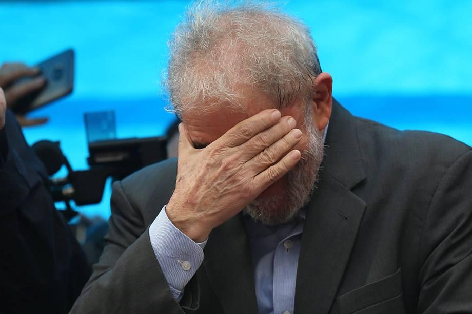 O ex-presidente Lula durante manifestação, em Porto Alegre - 23/01/2018
