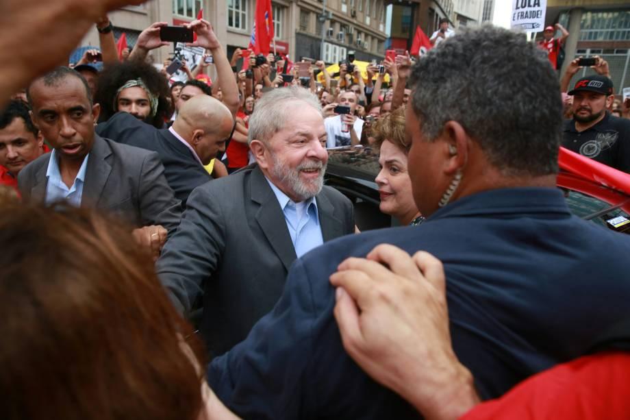 Ex-presidente Lula (PT), chega ao Largo Glênio Peres, em Porto Alegre, para realizar comício antes de seu julgamento no TRF-4 - 23/01/2018