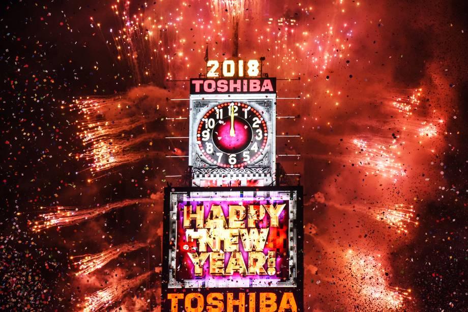 Queima de fogos celebra a chegada do Ano Novo na Times Square