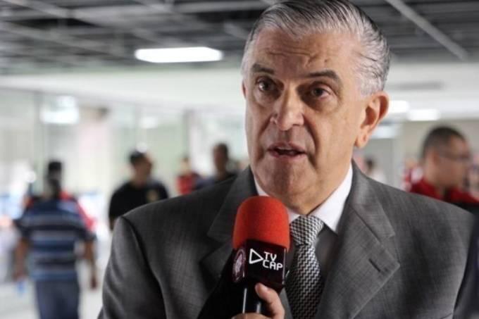 Presidente do Conselho Deliberativo do Atlético-PR, Mario Celso Petraglia