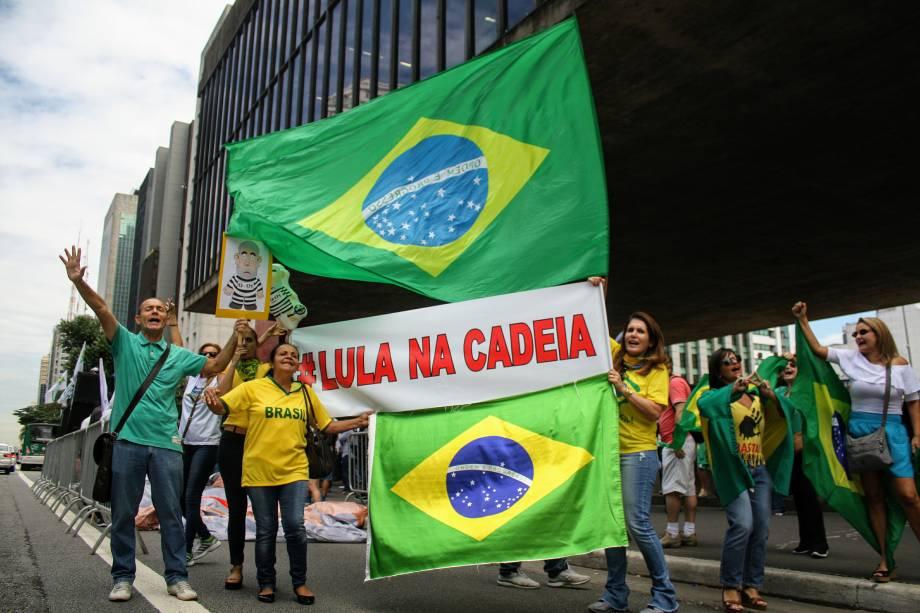 Protesto a favor do julgamento e pela prisão do ex-presidente Lula na Avenida Paulista - 24/01/2018