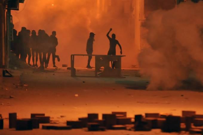 Protestos terminam com mais de 200 detidos na Tunísia – 10/01/2018