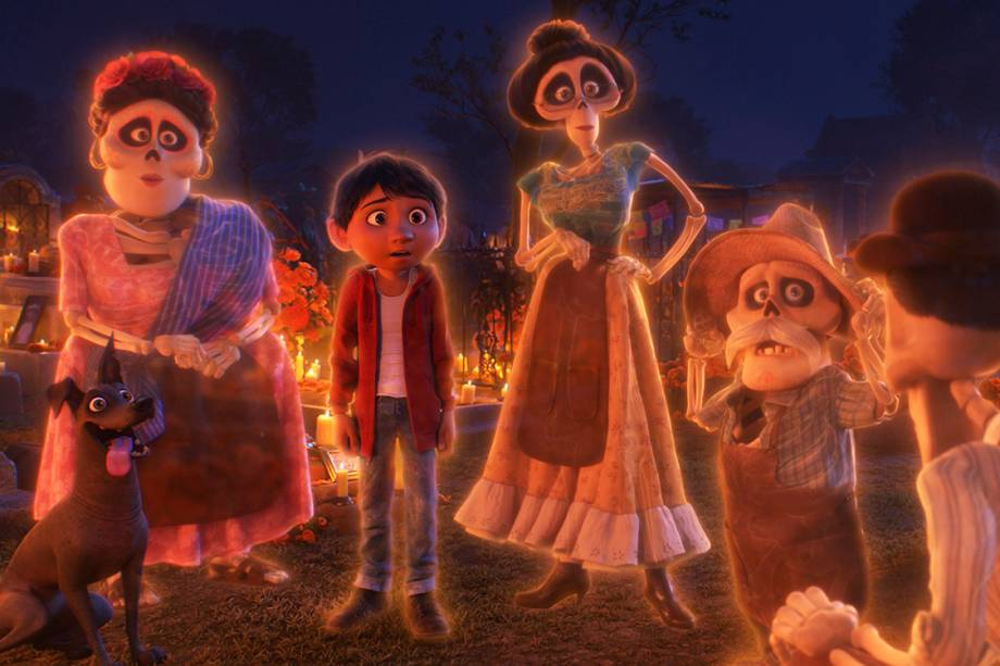 Miguel encontra sua família do além em 'Viva - A Vida É uma Festa'