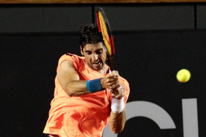 Thomaz Bellucci leva virada no Rio Open
