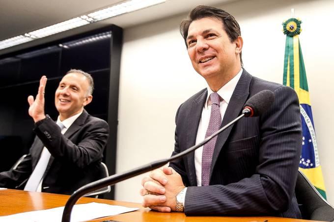Contando votos – Aguinaldo Ribeiro e Arthur Maia: esforço final