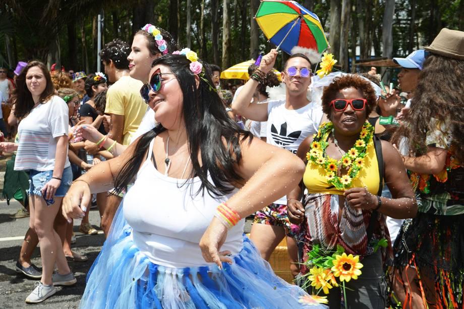 O bloco Frevo Mulher, com a cantora Elba Ramalho no Ibirapuera, anima o pré-Carnaval paulistano - 03/02/2018
