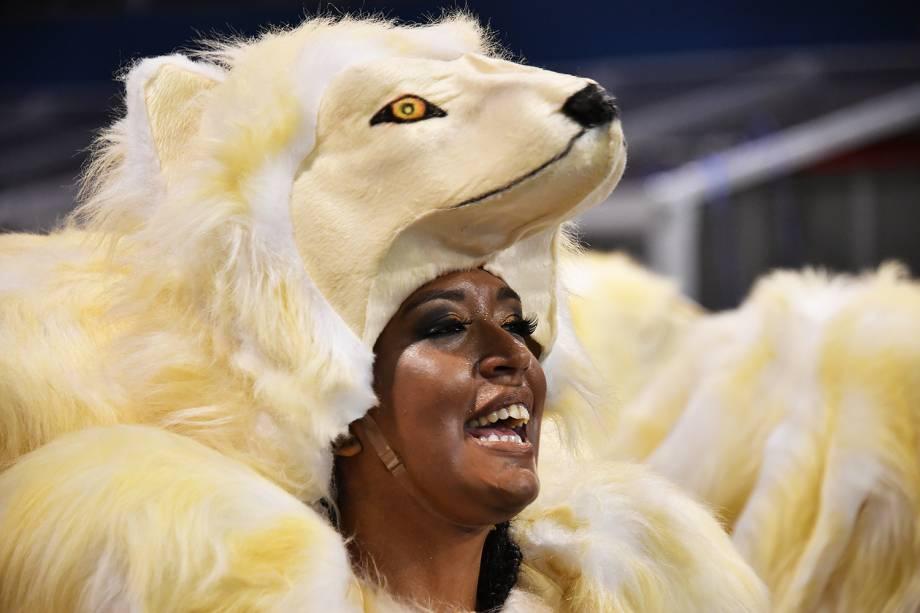 Com o enredo ' A voz marrom que não deixa o samba morrer', a escola de samba Mocidade Alegre homenageia a cantora Alcione no Sambódromo do Anhembi, durante a segunda noite de desfiles do Carnaval paulistano - 11/02/2018
