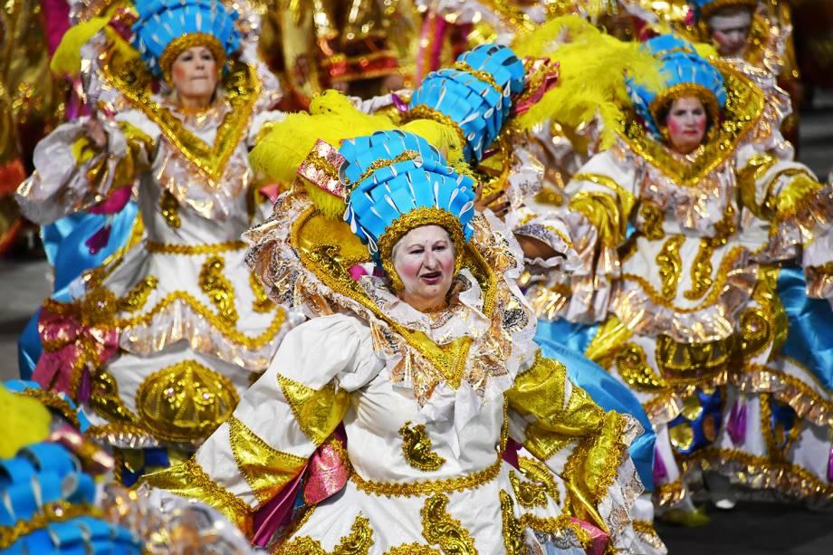 Com o enredo ' A voz do samba é a voz de Deus. Depois da tempestade, vem a bonança', a escola de samba X-9 Paulistana desfila no Sambódromo do Anhembi - 10/02/2018