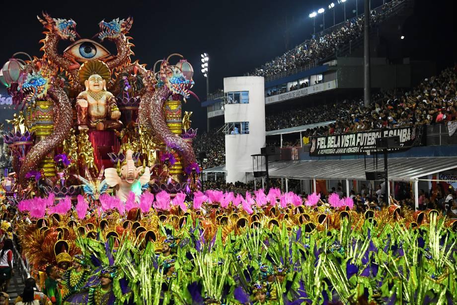 Com o enredo ' A voz do samba é a voz de Deus. Depois da tempestade, vem a bonança', a escola de samba X-9 Paulistana é a primeira a desfilar na segunda noite do Carnaval paulistano,  no Sambódromo do Anhembi - 10/02/2018
