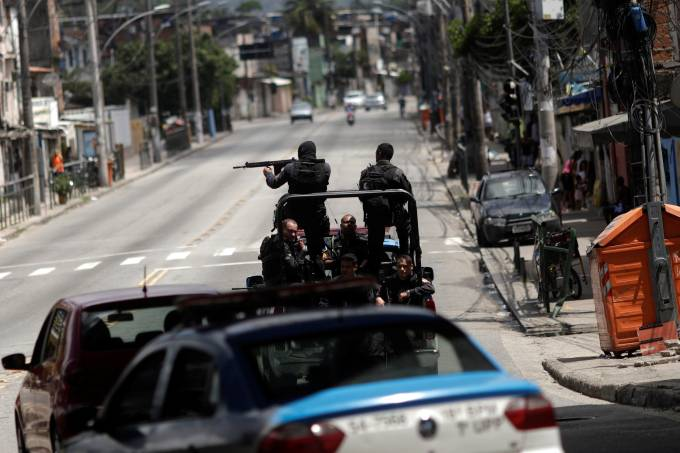 Operação policial na Cidade de Deus (RJ)