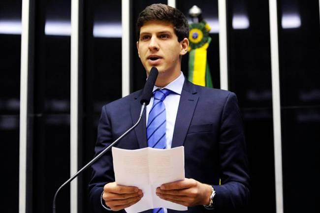 João Campos, filho do ex-governador de Pernambuco, Eduardo Campos, realiza homenagem ao seu pai na Câmara dos Deputados