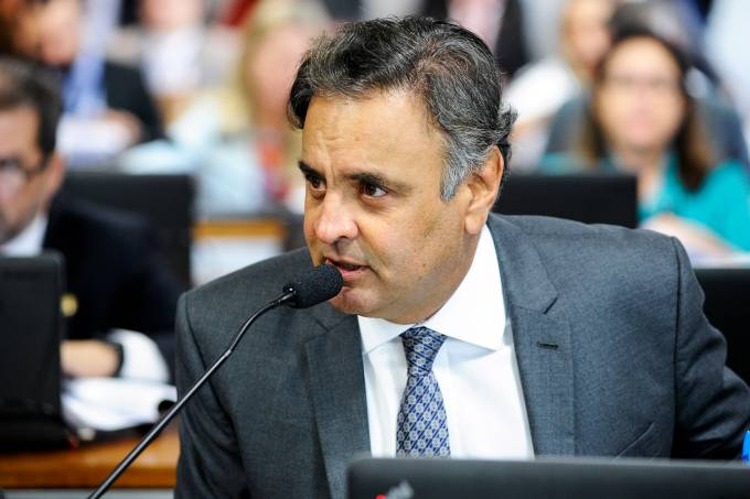 O senador Aécio Neves