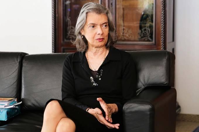 Não à pressão – A ministra Cármen Lúcia, presidente do Supremo Tribunal Federal: a corte não vai se apequenar
