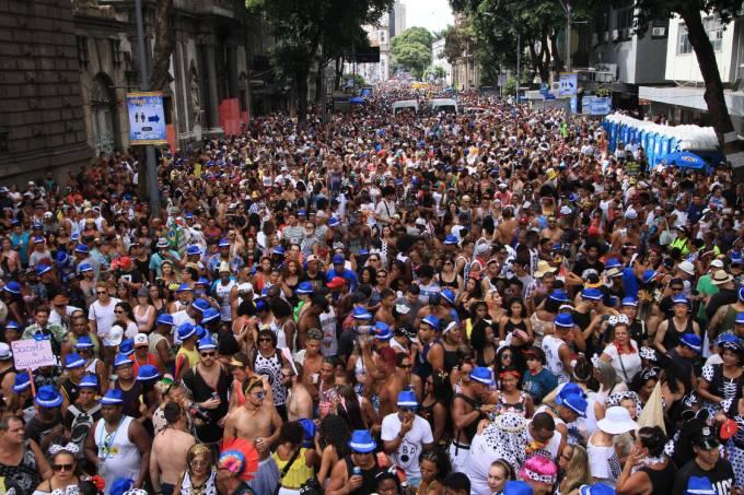 Desfile do Cordão da Bola Preta no Rio.