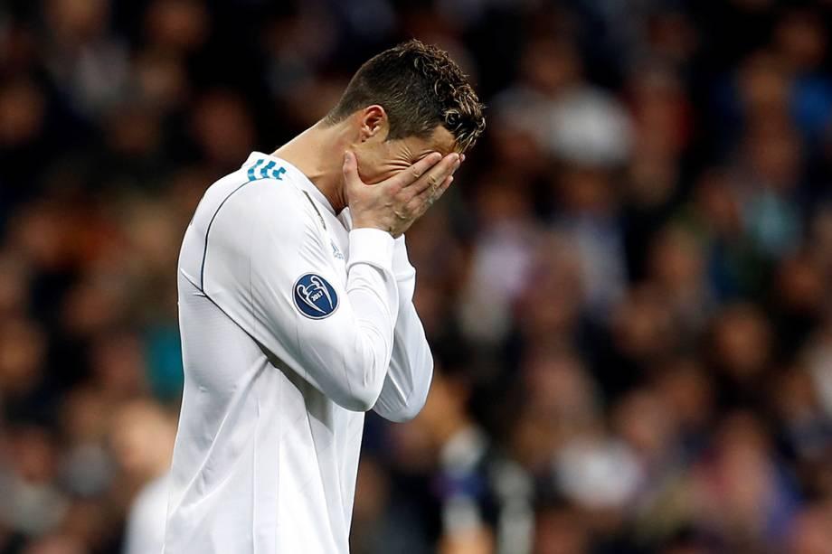 Cristiano Ronaldo lamenta gol do PSG