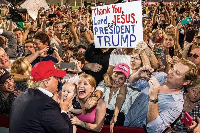 O rancor dos esquecidosTrump em comício no Alabama, em 2015: conquista do eleitor que a esquerda desprezou