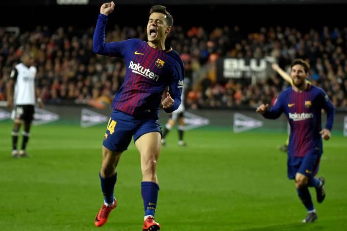 Philippe Coutinho comemora seu primeiro gol pelo Barcelona