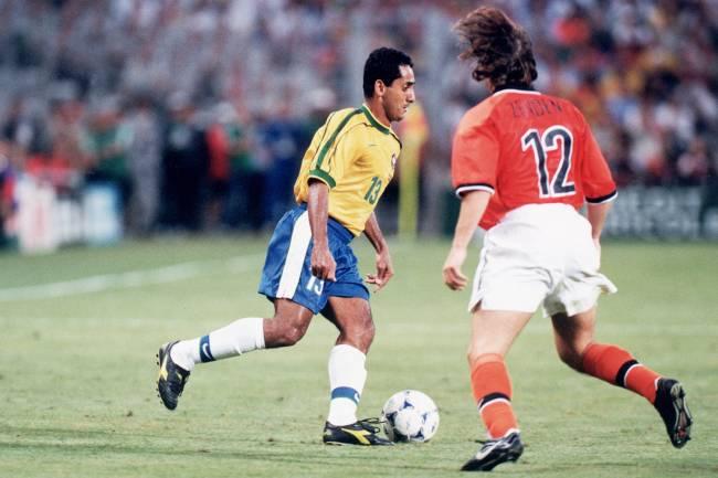 Zé Carlos, ex-jogador da Seleção Brasileira, durante partida contra a Holanda, válida pelas semifinais da Copa do Mundo de 1998, realizada na França - 07/07/1998