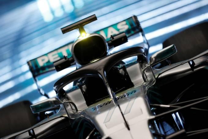 Mercedes lança carro para temporada 2018 da F1
