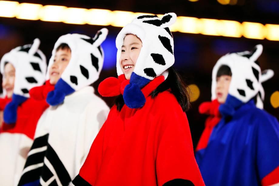 Crianças realizam apresentação durante a cerimônia de encerramento dos Jogos Olímpicos de Inverno, realizada em Pyeongchang, na Coreia do Sul - 25/02/2018